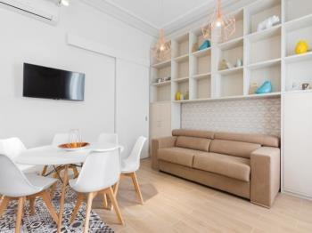 Deluxe apartment with balcony close to the beach! - Apartment in Barcelona