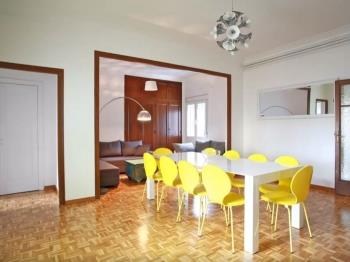 Sunny Penthouse + Terrace,steps to Plaza Catalunya - Apartment in Barcelona