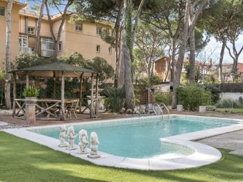 Catalan Villa, private pool garden close to beach - Apartamento en Gavá