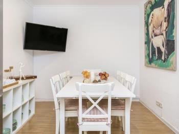 Charming 6 Bedrooms Flat / Plaza Cataluña - Apartamento en Barcelona