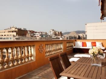 Penthouse with stunning TERRACE / Arco de Triunfo - Apartamento en Barcelona