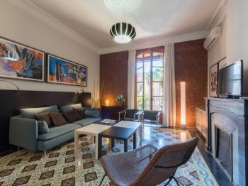 Bright Cozy with Terrace /City Centre/Eixample - Apartamento en Barcelona