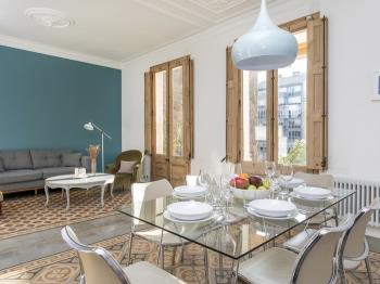 Spacious, Modernist Luminous TERRACE APARTMENT - Apartamento en Barcelona